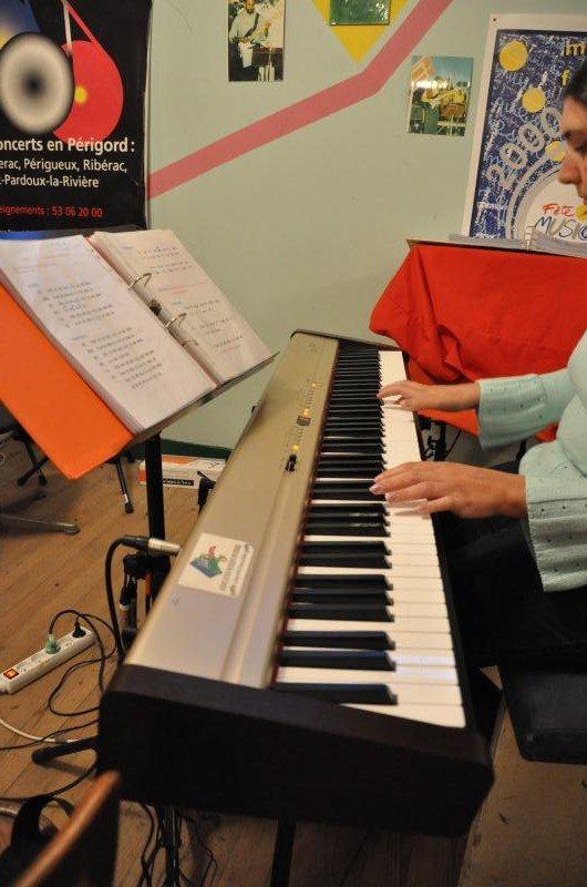 Piano numerique Rolland EP9